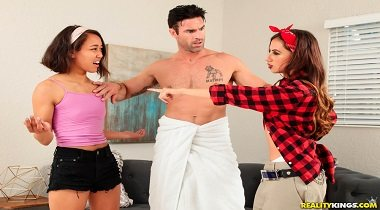 Realitykings - 8th Street Latinas – Repo Fuck with Ashlynn Taylor & Charles Dera 380x210