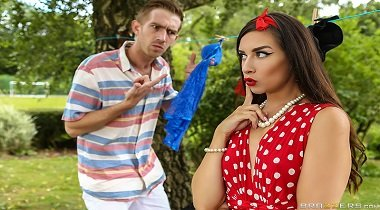Brazzers 720p Real Wife Stories - Hung Out To Dry with Cassidy Klein & Danny D