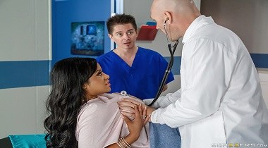 Brazzers - Doctor Adventures - Triage These Tits with Mary Jean & Johnny Sins 380x210