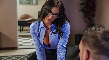 Brazzers - Big Tits At Work A Run For His Money with Felicity Feline & Johnny Castle