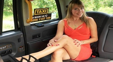 Faketaxi - Lady in short dress gets creampie with Daphne 380x210