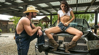 Brazzers extra - Pick and Choose 2 with Nikki Knightly & Charles Dera 380x210