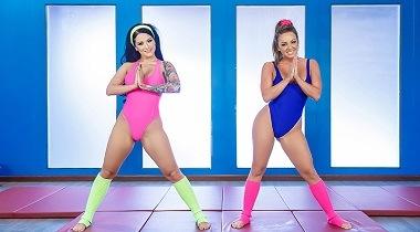 Brazzers porn video - Hard 'Core' Training by Abigail Mac, Katrina Jade & Johnny Sins - Pornstars Like It Big 380x210