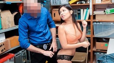 Shoplyfter 7894885 by Jasmine Gomez 380x210